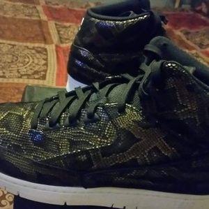 Nikes python size 11.5